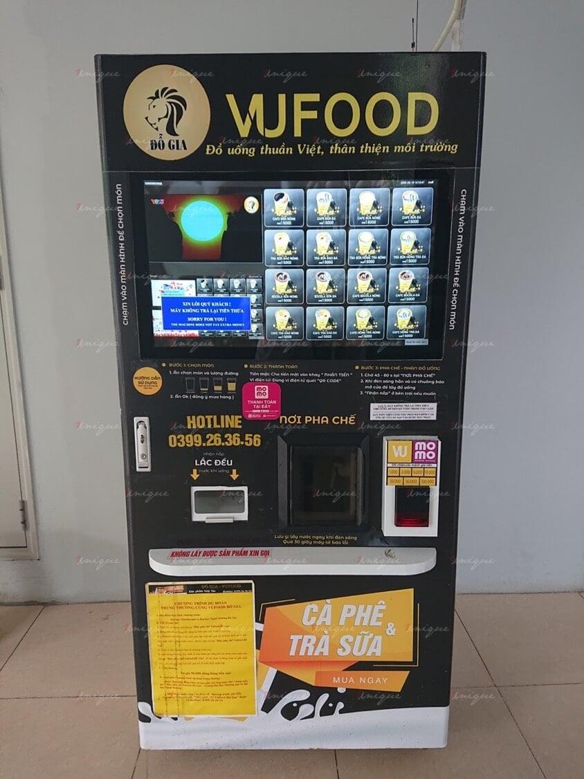 Máy bán hàng có màn hình LCD hiển thị được các quảng cáo